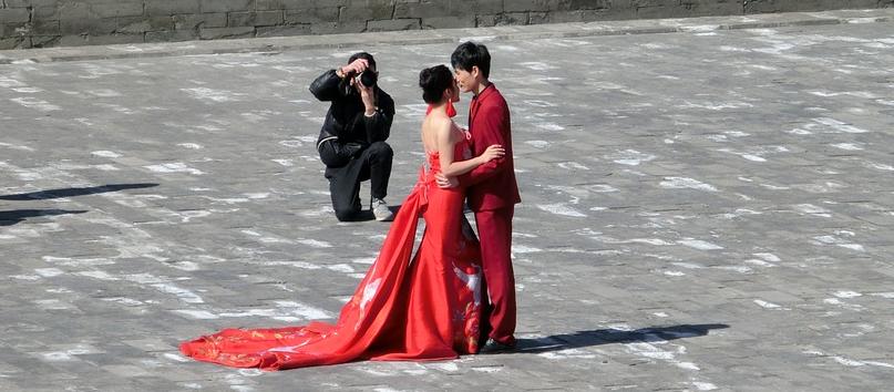 Chinesische Hochzeitsschränke für eine glückliche Ehe