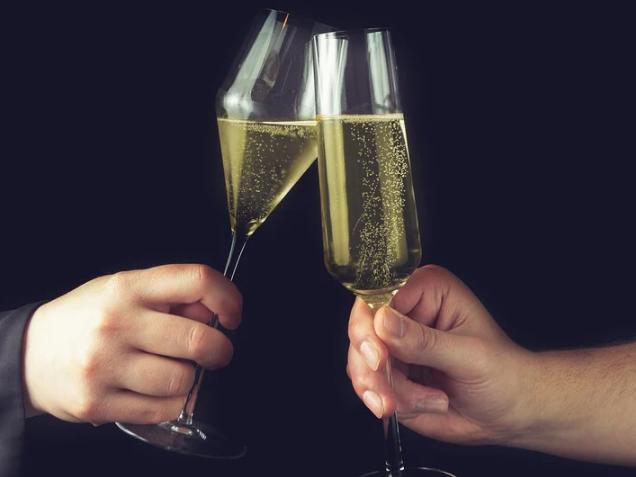 Read more about the article Prestigeträchtige Premium-Schaumweine aus der Champagne entdecken
